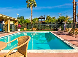 Mountain View Cottages - Indio
