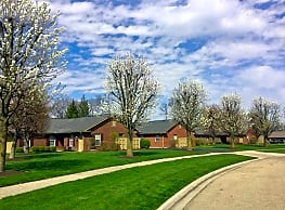 Van Lake Apartments - Vandalia