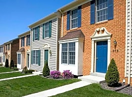 Elmtree Townhouse Apartments - Martinsburg
