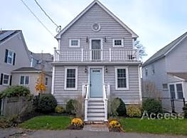 110 Charles St - Quincy