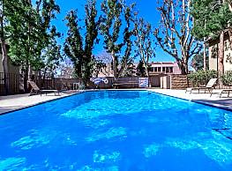 Casa Oaks - Thousand Oaks