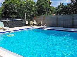 Woodland Run East Apartments - Gulf Breeze