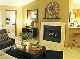 Plum Tree Apartments - Hales Corners