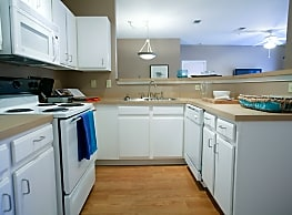 Coursey Place Apartment Homes - Baton Rouge