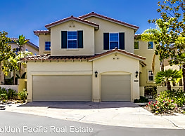 5 br, 4 bath House - 3604 Torrey View Ct - San Diego