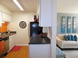 Ridgewood Apartments - Carrboro