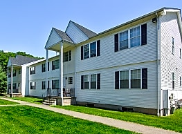 Marshfield Apartments - North Branford