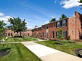 Village Square Apartments - Bensalem