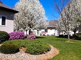 Rosewood Condominiums - North Haven