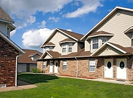 Canterbury Town Homes - Ozark