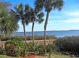 Grande Bay - Clearwater