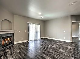 Parkway Townhomes - Henderson