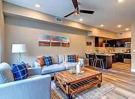 Riverside Park Apartments - Reno
