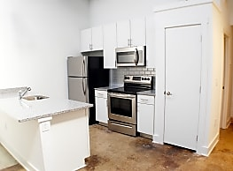 Tidewater Square Apartments - Norfolk