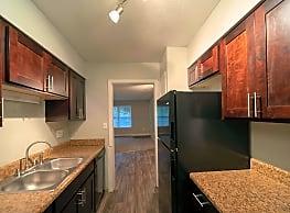 Grandeagle Apartments - Greenville