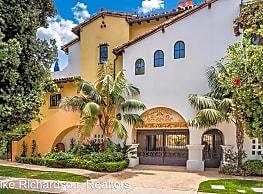209 Bath St - Santa Barbara