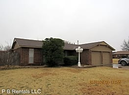 7918 NW Concho Ave - Lawton