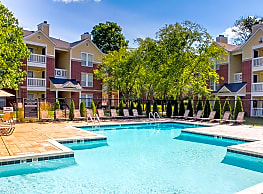 The Residence At White River Apartments - Indianapolis