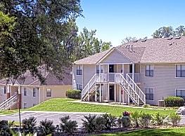 Hillwood Apartments - Tallahassee