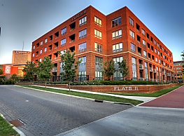 Flats II Apartments - Columbus