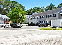 Hilton Village Townhomes - Newport News
