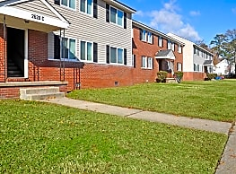 Harvard Apartments - Chesapeake