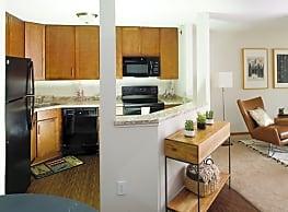 Minnetonka Hills Apartments - Minnetonka