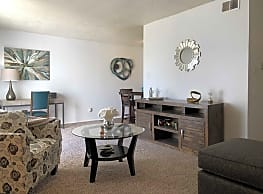 Knoll Ridge Townhomes and Apartments - Indianapolis