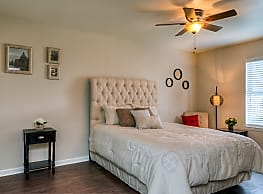 Tomball Ranch Apartments - Tomball