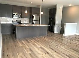 Cascade East Apartments - Grand Rapids