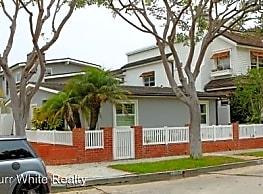 1526 E Ocean Blvd - Newport Beach