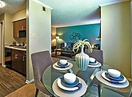 Cobblestone Apartments - Arlington