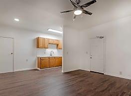 Toulaine Apartments - Los Angeles