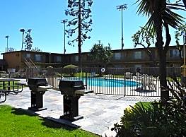 Glen Forest Apartments - Anaheim
