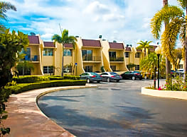 Residences At the Falls - Miami