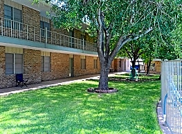 Harvard House Apartments - San Angelo
