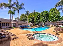 Surf at 39 Apartments - Huntington Beach