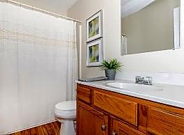 Walnut Springs Condominiums - Bloomington