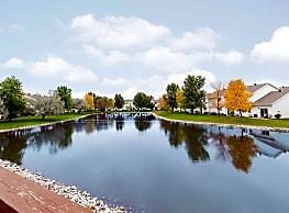 Tucker Pointe Townhomes - Fargo