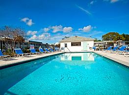 Seaside Apartments - Atlantic Beach