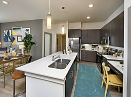 Ravella at Town Center Apartments - Jacksonville