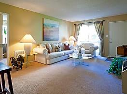 Newport Village Apartments - Costa Mesa