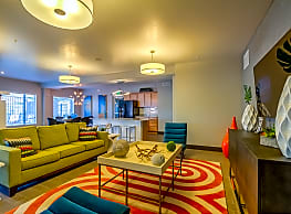Boulevard Apartments - Orem