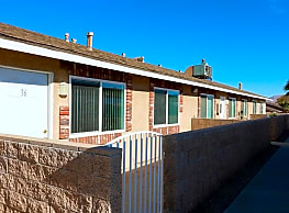Desert View Apartments - Hesperia