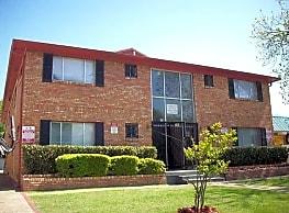 Debonaire Apartments - Dallas