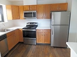 Clipper Apartments - Quincy