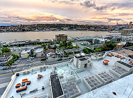 Summit at Lake Union - Seattle