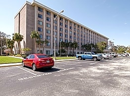 Central Manor Apartments - Daytona Beach