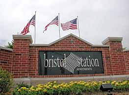 Bristol Station - Naperville