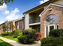 Creekside Square Apartments - Indianapolis